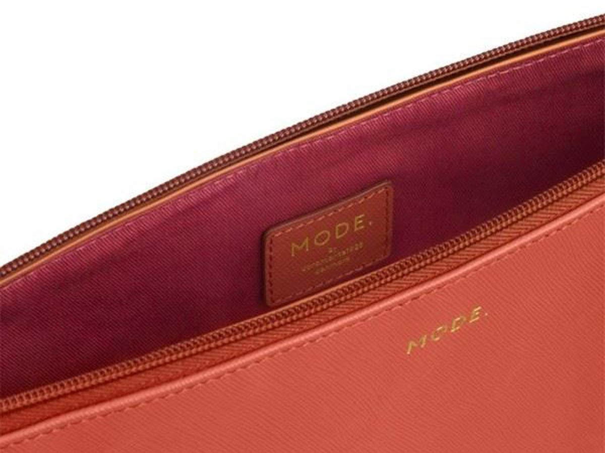 dbramante1928 MODE. Sleeve Roze - MacBook Pro/Air 13