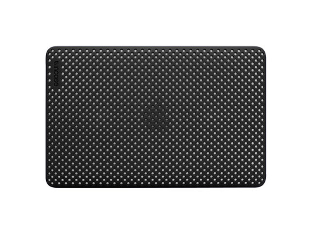 Incase Perforated Hardshell Case MacBook Air 11