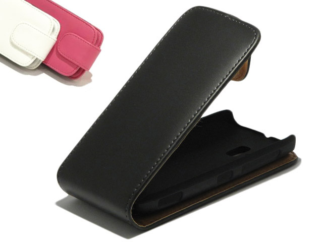 Classic Leather Flip Case - Nokia Lumia 610 hoesje
