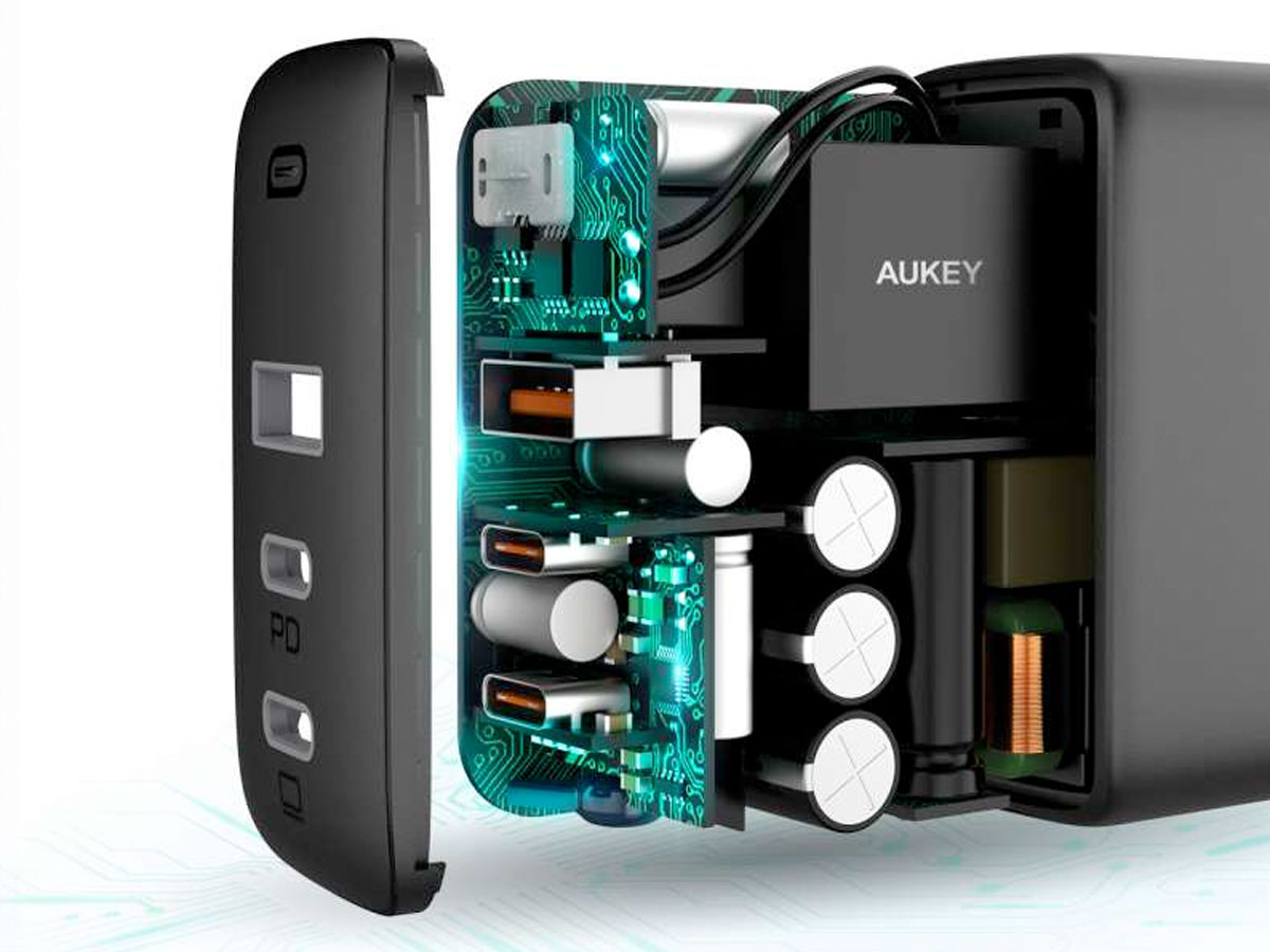 Aukey PA-B6S Dual USB-C + USB Oplader (90W)