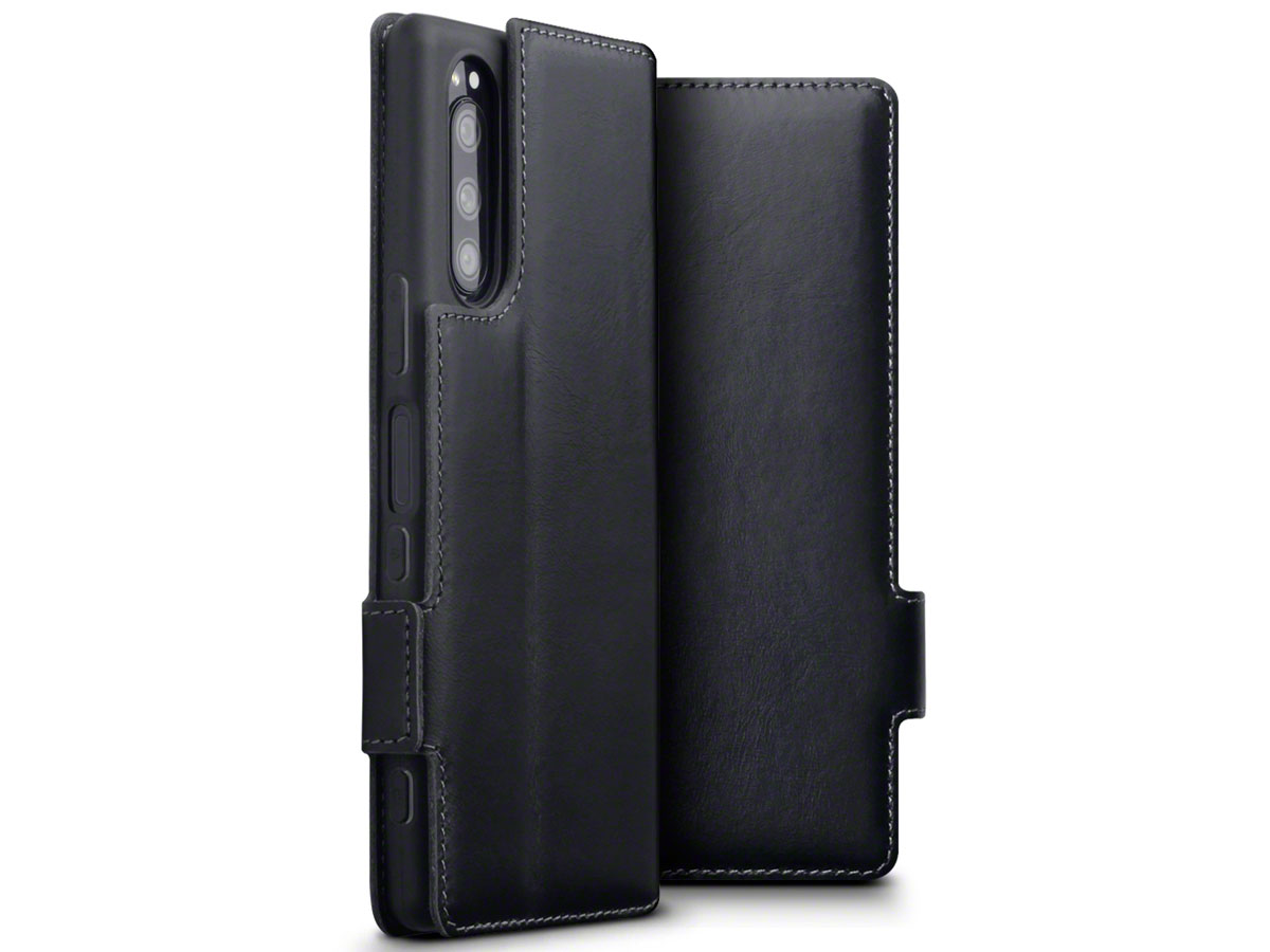 CaseBoutique Slim Leather Case Zwart - Sony Xperia 5 hoesje
