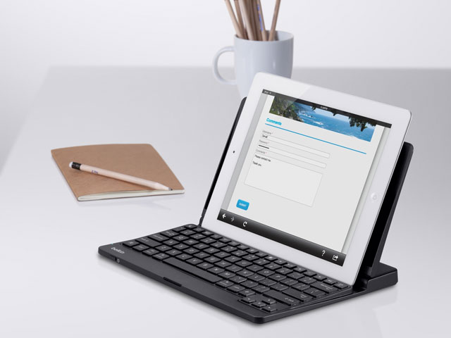 Belkin YourType Keyboard + Stand voor iPad