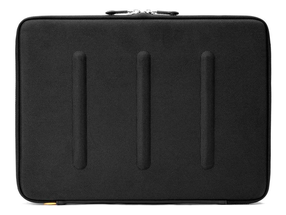 Booq Viper HardCase Ballistic Sleeve - MacBook Pro/Air 13