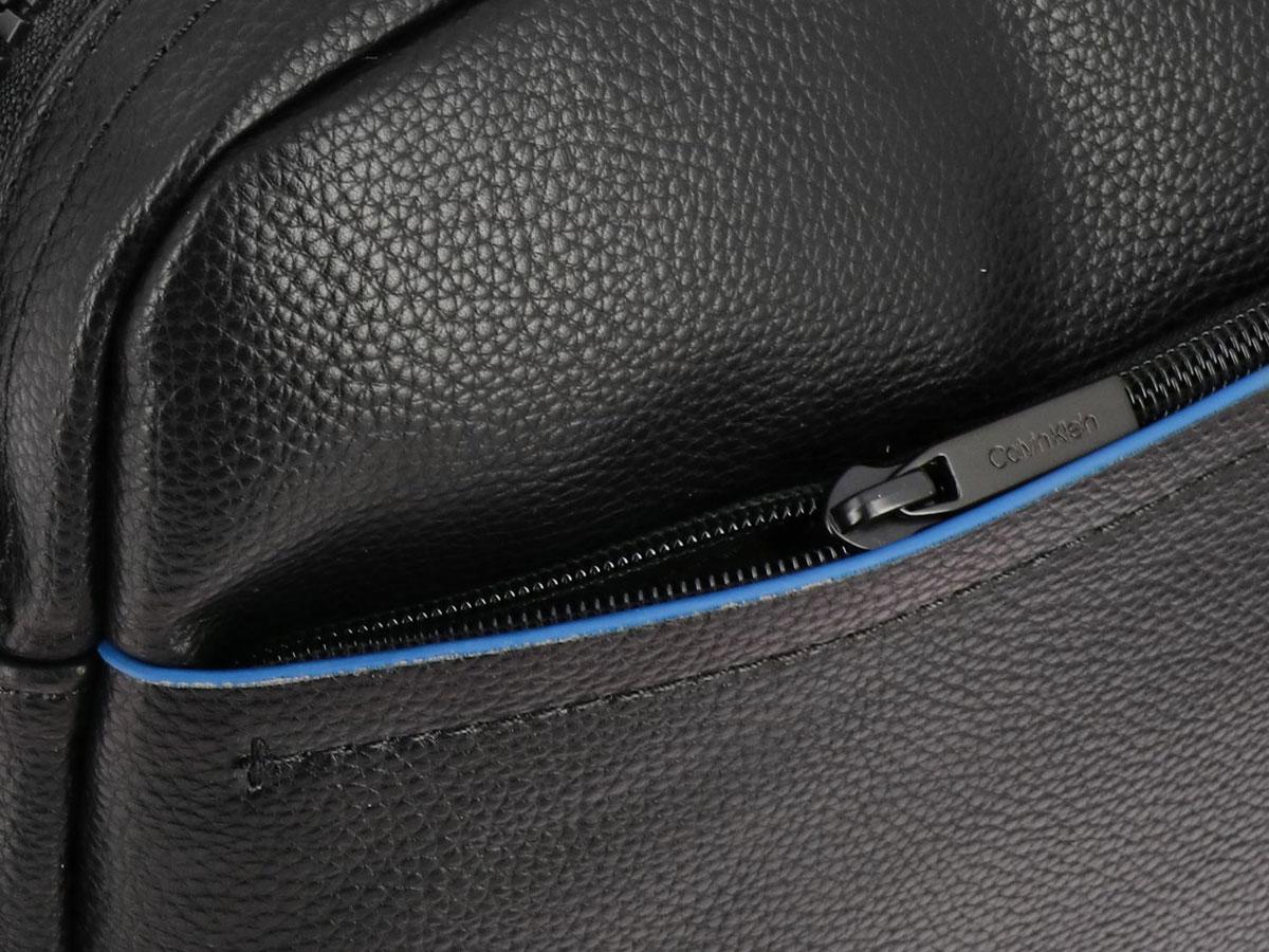 Calvin Klein Direct Messenger Laptoptas (Zwart)