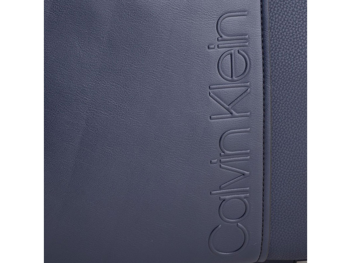Calvin Klein Elevated Logo Laptop Bag Laptoptas Blauw