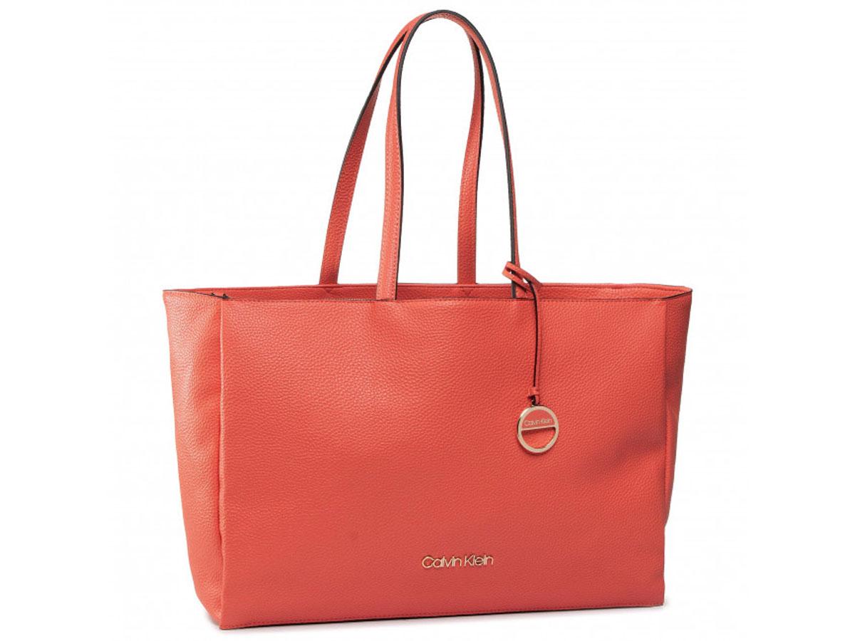 Calvin Klein Sided Shopper Tas met Uitneembare Laptopsleeve (Coral)